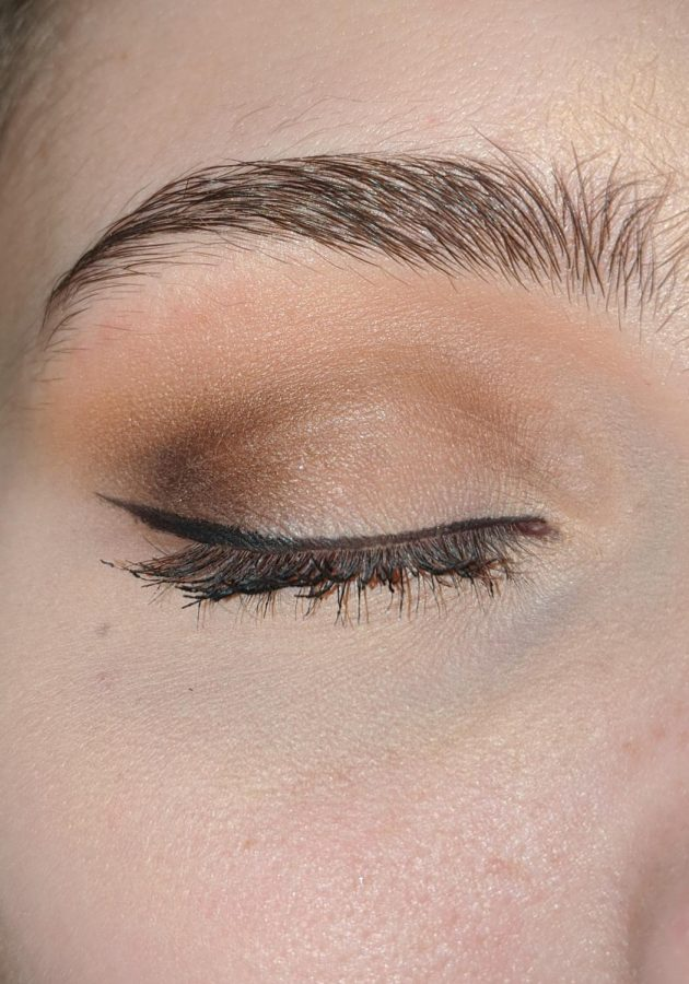 How To Do Makeup for Prom